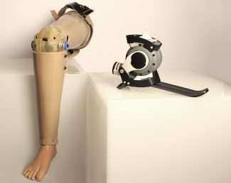 Affordable prostheses(途上国向け義足)03