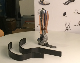 Robotic Limb (ロボット義足)02